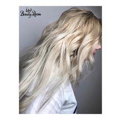 📱Programări: 0770 330 580   @isv.beautyroom @wella #isvteam #isvgirls #blondehair #balayagehighlights #hairlove #longhair #hairoftheday #hairdresser #hairgoals #beauty #salon #askforwella #bucharest #romania Balayage Highlights, Blonde Balayage, Blonde Hair, Bucharest Romania, Hair Goals, Hairdresser, Salons, Long Hair Styles, Lady