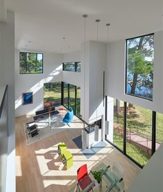 Image 10 of 22 from gallery of House on Solitude Creek / Robert Gurney Architect. Photograph by Anice Hoachlander Contemporary Architecture, Interior Architecture, Exterior Design, Interior And Exterior, Maryland, Beautiful Modern Homes, Modern Art, Bright Homes, Small Places