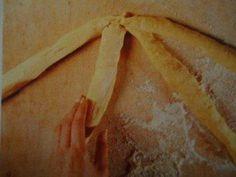 Rezept: Oster - Striezel Bild Nr. 2 Aperol, Bread, Food, Almonds, Play Dough, Bakken, Recipies, Brot, Essen