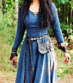 Vestido azul medieval