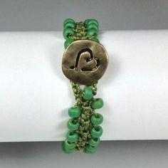 Tutorial for Turkish Flat Bead Crochet Bracelet  from John Babcock. #seed #bead #tutorial