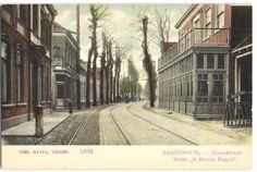 Dorpsstraat, Sassenheim, Hotel het Bruine Paard 1920-1940 (t.h.v. huidige Kerklaan-Hortuslaan)