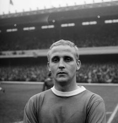 Everton legend Alex Young to make emotional Goodison return Der Club, Goodison Park, Blue Peter, Everton Fc, England And Scotland, Vintage Football, Fa Cup, Home And Away, Music Lovers