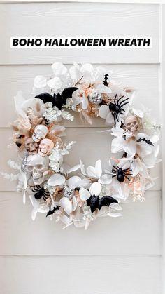 Theme Halloween, Halloween Birthday, Halloween Boo, Diy Halloween Decorations, Halloween House, Holidays Halloween, Halloween Crafts, Diy Halloween Wreaths, Halloween Decorating Ideas