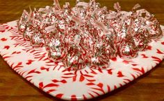 Oh yes, my friends, I will be making these tomorrow - peppermint candies melted into a serving tray!!  How awesome (and edible) is that? Use green or red or both - lovely.