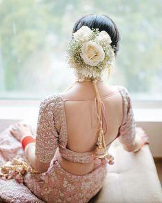 Bridal Hair Buns, Bridal Hairdo, Hairdo Wedding, Indian Bridal Hairstyles, Flower Girl Hairstyles, Hairstyle Ideas, Braided Hairstyles, Saree Hairstyles, Hairdos