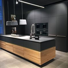 New and Old Looking Modern Kitchen Renovation Styles. Small kitchen design with black wood cabinet. – White N Black Kitchen Cabinets Luxury Kitchen Design, Kitchen Room Design, Contemporary Kitchen Design, Best Kitchen Designs, Kitchen Cabinet Design, Interior Design Kitchen, Home Design, Kitchen Ideas, Kitchen Inspiration