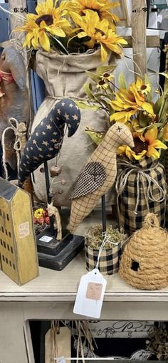 Crows, Rooster, Favorite Things, Wreaths, Fall, Animals, Home Decor, Ravens, Autumn