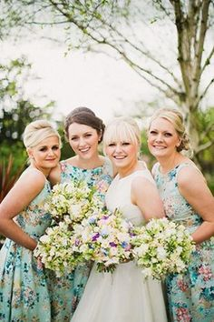 gorgeous bride Stacey and her vintage style bridesmaids