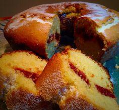 Aprenda como fazer um maravilhoso bolo de fubá com goiabada para seus dias. Aprenda.