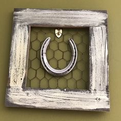 Horseshoe Frame by TheLuckyRambler on Etsy