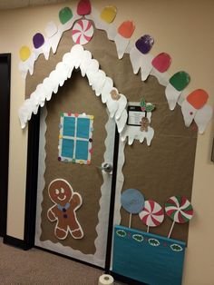 Christmas door decoration.. you could use different colored plates for gumdrops: