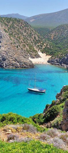 Beautiful Sardinia, italy   Top 10 World`s Most Amazing Exotic Islands