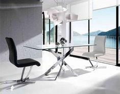Minimalistic/chic dining room by Intense mobiliário e interiores. More modern dining tables to be discovered in this article! Blue Living Room Decor, Home Living Room, Small Dining Area, Tempered Glass Table Top, Contemporary Dining Table, Glass Dining Table, Dining Room, Modern Furniture, Decoration