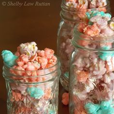 Circus Popcorn (cotton candy, white chocolate raspberry, and bubble gum flavored!) #popcorn #snack #candy