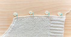 Crochet Cardigan Pattern, Crochet Jacket, Crochet Stitches Patterns, Baby Knitting Patterns, Half Double Crochet, Single Crochet, Crochet Hooks, Free Crochet, Crop Top Pattern