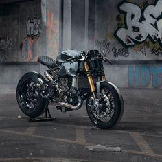Ducati Scrambler Cafe Racer, Motos Yamaha, Ducati Motorcycles, Cafe Racer Bikes, Cafe Racer Motorcycle, Moto Bike, Motorcycle Design, Motorcycle Style, Custom Motorcycles