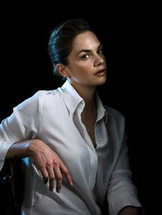 """Ruth Wilson is making her #Broadway debut in """"Constellations"""""""