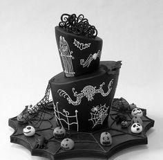 Outstanding Nightmare Before Christmas cake!