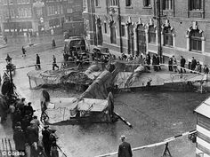 A shot down German Bf-110 bomber in London, 1940.
