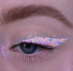 Fire Makeup, Makeup Eye Looks, Eye Makeup Art, Colorful Eye Makeup, Crazy Makeup, Skin Makeup, Eyeshadow Makeup, Eyeliner, Indie Makeup