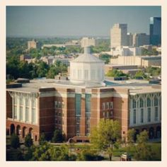 Campus of the day: University of Kentucky!