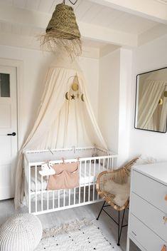 Style and Sugar Baby Room Decor, Nursery Room, One Bedroom, Kids Bedroom, Cream Nursery, Baby Room Neutral, Nursery Inspiration, Kidsroom, Girl Room