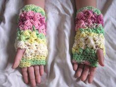 Meladoras Creation | Zig Zag Puff Stitch Finger less Gloves – Free Crochet Pattern
