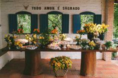 mesa flores arranjos