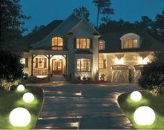 Świecące kule ogrodowe światło białe. #garden #gardenlamp