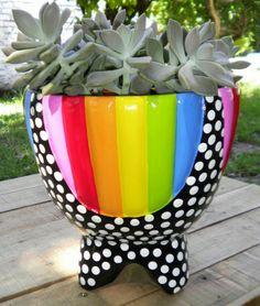 Painted Plant Pots, Ceramic Plant Pots, Painted Flower Pots, Clay Pots, Diy Planters, Garden Planters, Garden Art, Clay Pot Projects, Clay Pot Crafts