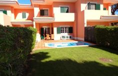 South facing 2 bedrooms Townhouse, at Monte da Quinta, Algarve.