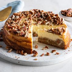 Carrot Cake Cheesecake Healthy Cheesecake Recipes, Carrot Cake Cheesecake, Delicious Desserts, Dessert Recipes, Keto Recipes, Toasted Pecans, Let Them Eat Cake, Sweet Tooth, Sweet Treats