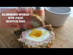 Slimming World Syn-Free Scotch Eggs This week's Slimming World recipe is the good old Scotch Egg, and even better, it's completely syn-free! Includes a video to guide you. Slimming World Syn-Free Scotch Eggs This Slimming World Tips, Slimming World Dinners, Slimming World Recipes Syn Free, Slimming Eats, Slimming World Breakfast, Homemade Scotch Eggs, Scotch Eggs Recipe, Syn Free Snacks, Sliming World