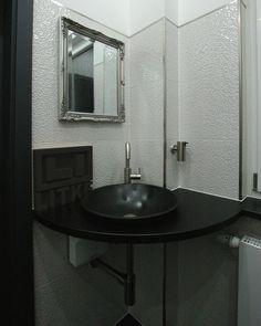 Granite Slab, Water Tap, Interiordesign, Diy Desk, Wall Tiles, Basin, Kitchen Ideas, Vanity, Home Decor