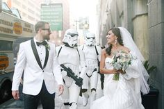 Star Wars fans everywhere may dream of having the perfect Star Wars themed wedding, but this couple turned that dream into a reality. And this wasn't some totally geeky wedding, this was extremely fancy and thorough.The Ultimate Star Wars Themed Wedding Star Wars Wedding, Geek Wedding, Dream Wedding, Wedding Day, Wedding Reception, Best Wedding Colors, Wedding Themes, Wedding Styles, Wedding Photos