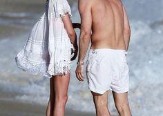 水着の上に!ビーチプールサイドで映えるドレス&チュニック