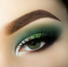 21 Gorgeous Eye Makeup Looks for Green Eyes > CherryCherryBeaut… / annyt_k – Beauty Make up Styles Makeup Looks For Green Eyes, Makeup For Green Eyes, Natural Eye Makeup, Eye Makeup Tips, Makeup Ideas, Makeup Tutorials, Makeup List, Makeup Guide, Easy Makeup