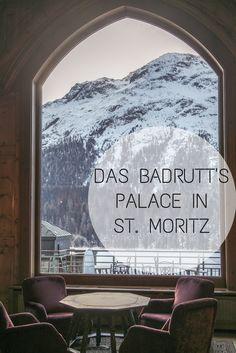 Das Badrutt's Palace in St. Moritz: Ein Luxus Hotel in den Schweizer Bergen. Der Blick aus dem Fenster der Grand Hall. Mehr Bilder auf josieloves.de