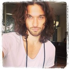 Zander Bleck up and coming singer he has soul . Guys With Green Eyes, Brown Hair Green Eyes, Brown Hair Men, Long Brown Hair, Green Hair, Men Hair Color, Attractive Guys, Hazel Eyes, Good Looking Men