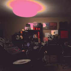 Unknown Mortal Orchestra - Multi-Love (8,2)