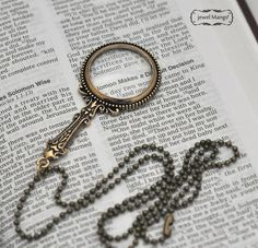 ♥ Real Magnifying glass necklace ♥  pendant : 2.75 chain : 24  * It comes in a gift box.    ♥ Please checkout the other beautiful items in my shop ♥