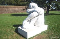 Rabarama exhibits monumental marble sculptures all around Lucca - Tuscany, Italy