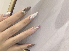 🌟Glam Nails Design🌟Share new nail art idea for fall🍂 Ny Nails, Glam Nails, Soft Nails, Simple Nails, Garra, Cute Acrylic Nails, Cute Nails, Nail Drawing, Cute Nail Art Designs
