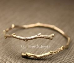 Awesome tree branch gold bracelet, love it ❤