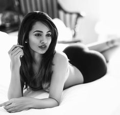 Young south indian actress tejaswi madivada