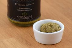 Grüne Olivenpaste mit Mandeln