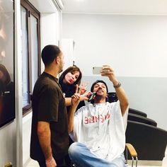 #CostantinoVitagliano Costantino Vitagliano: Barbaaaaaaaa✌️ #ciemmeparrucchieri #ciemme #hairstylist #milano #selfie #iphone #apple #costantino #siviveunavoltasola