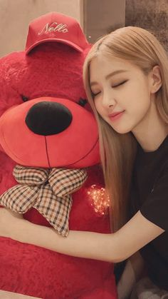 Ted for Rose Kpop Girl Groups, Korean Girl Groups, Kpop Girls, Yg Entertainment, Kim Jennie, Rose Bonbon, Blackpink Members, Rose Park, Kim Jisoo