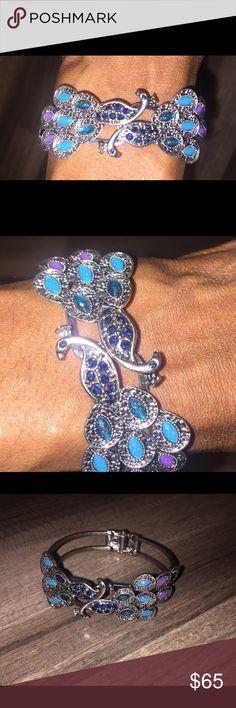 Vintage Peacock Bracelet Very beautiful peacock bracelet!!!  Love at first sight! Jewelry Bracelets